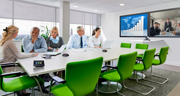 Meeting room technology that encourages collaboration